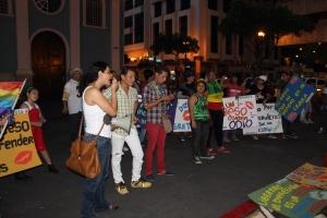 Beso Publico contra el rechazo a la Homofobia y Transfobia el dia 17 de mayo del 2014, evento realizado por Silueta X (69)