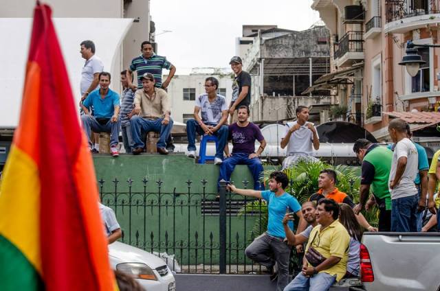 Orgullo LGBT Gay Ecuador Guayaquil 2015 - Asociación Silueta X (109)