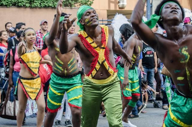 Orgullo LGBT Gay Ecuador Guayaquil 2015 - Asociación Silueta X (143)