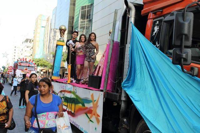 Orgullo LGBT Gay Ecuador Guayaquil 2015 - Asociación Silueta X (159)