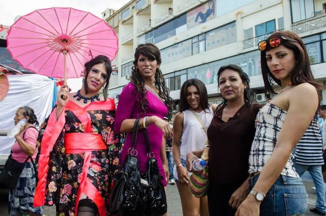 Orgullo LGBT Gay Ecuador Guayaquil 2015 - Asociación Silueta X (161)