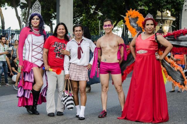 Orgullo LGBT Gay Ecuador Guayaquil 2015 - Asociación Silueta X (29)