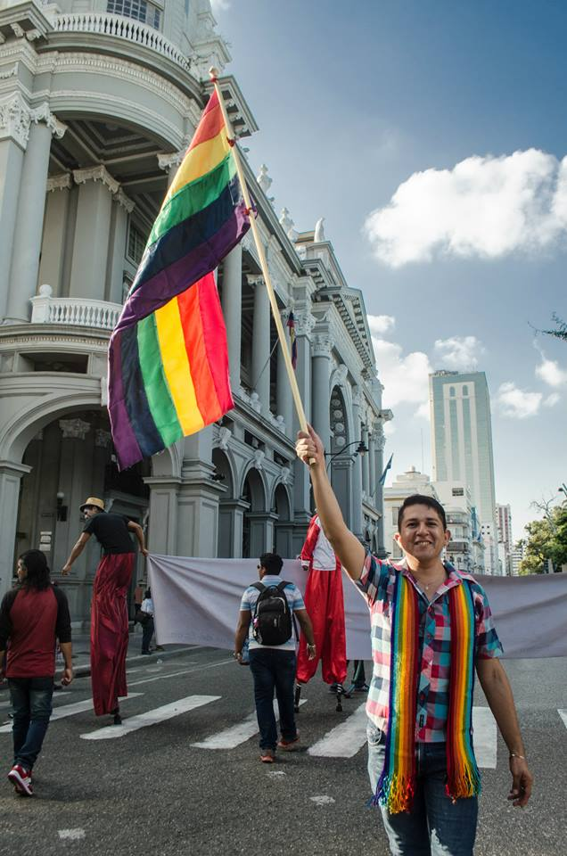 Orgullo LGBT Gay Ecuador Guayaquil 2015 - Asociación Silueta X (33)