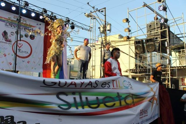 Orgullo LGBT Gay Ecuador Guayaquil 2015 - Asociación Silueta X con Diane Rodríguez DianeRodriguezz  (23)