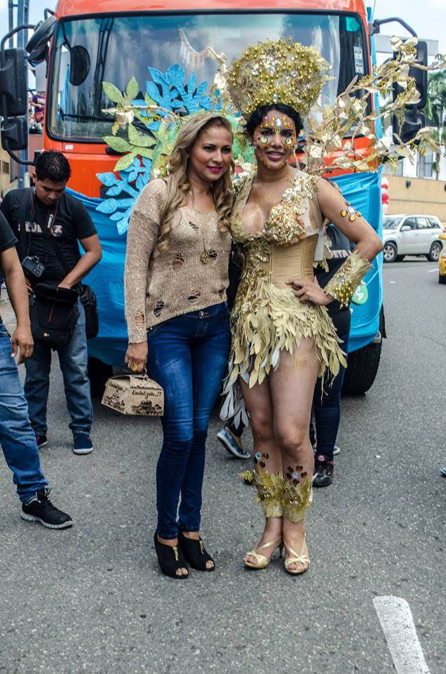 Orgullo LGBT Gay Ecuador Guayaquil 2015 - Asociación Silueta X con Diane Rodríguez DianeRodriguezz  (25)