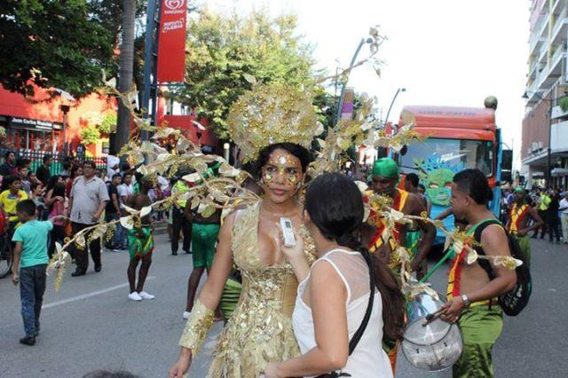 Orgullo LGBT Gay Ecuador Guayaquil 2015 - Asociación Silueta X con Diane Rodríguez DianeRodriguezz  (28)