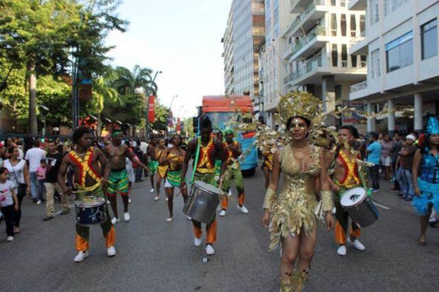 Orgullo LGBT Gay Ecuador Guayaquil 2015 - Asociación Silueta X con Diane Rodríguez DianeRodriguezz  (46)