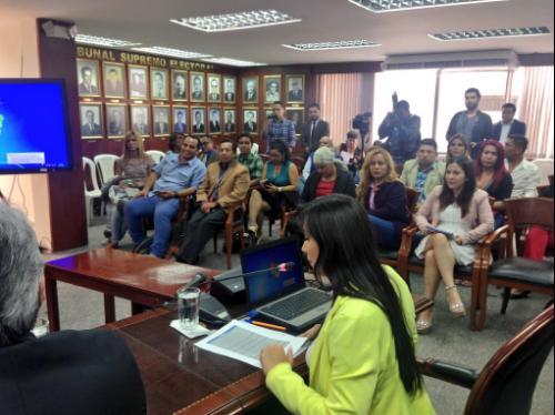 Federación de Organizaciones LGBTI logra acuerdos en favor de los LGBTI con el Consejo Nacional Electoral (13)