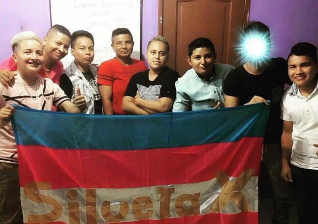 Asociación Transmasculinos Ecuador en taller de Silueta X