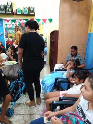 Agasajo de niños con VIH - SIlueta X - Cámara LGBT - Transmasculinos Ecuador 2019 -niños enfermeddes catastroficas (87)