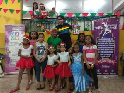 Agasajo de niños con VIH - SIlueta X - Cámara LGBT - Transmasculinos Ecuador 2019 -niños enfermeddes catastroficas - Diane Rdríguez (15)